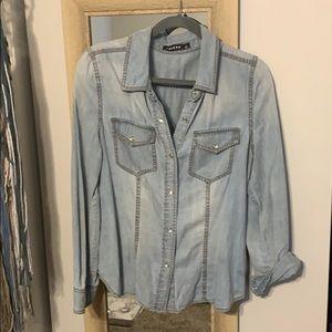 Trouve Jean button up